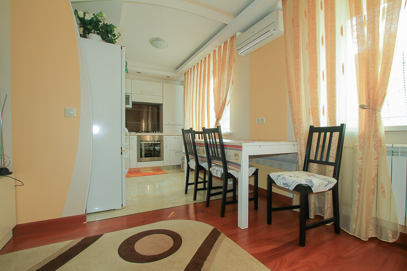 Luxury-apartment-rental-district-Botanica-in-Chisinau-Moldova (12 of 1).jpg